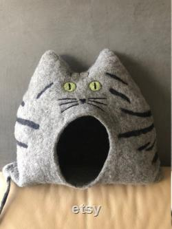 Cat House POLLY Tiger Cat Cave with Open Eyes, Unique, Cuddly Cave, Handmade, Gift Idea, Christmas, Birthday Gift