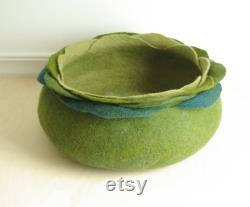 Cat bed cat house cat cave green flower felted cat bed
