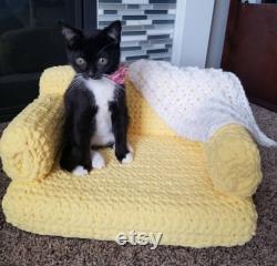 Cat sofa Pet sofa Cat couch Pet chair Crochet Pet accessories Pet furniture Cat accessories Kitty couch Pet furniture pet blanket Doll sofa
