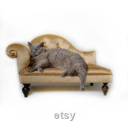 Gold Victorian cat sofa, Chaise Lounge pet, Dog sofa Vintage style, Cat bed, Cat sofa, Chaise longue pet, dog couch, Cat couch, Gift