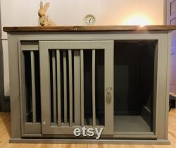 Stunning Dog Bed, sliding doors, choice of colour.