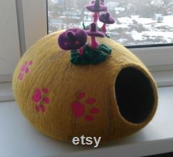 Wool felt cat cave Small dog bed Wool cat house Wool pet furniture Pet house 100 wool Cat nest Handmade cat house Cat bed Cozy nest for pet