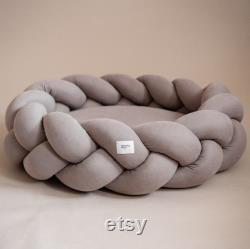 Beige Kolosony Dog Bed Hunting Pony Braided Dog Bed Scandinave Home Decor Petit Moyen Grand Lit Pour Chien Ou Chat