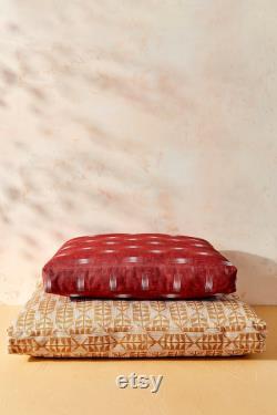 Maison De Harlow 1960 Créateur Collab Burgundy Ikat Dog Bed Durable Pet Bed
