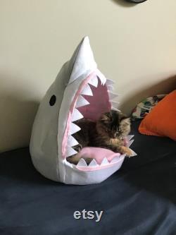 Paws Et Jaws Shark Lit De Chat