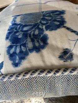 Un D'un Genre Bleu Et Blanc Patchwork Lit De Chien Matelassé Avec Cordage- Grande