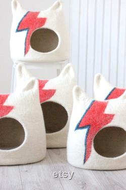 Ziggy Stardust Lit De Chat. Lit De Chat Aladdin Sane. Grotte De Chat De Bowie. Maison De Chat De Laine. Cadeau Pour Animaux De Compagnie.
